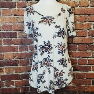 Lace back floral tee